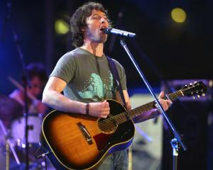 james-blunt-live-wall1